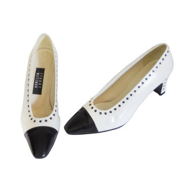 Women Spectator Shoe Spectator Pump Stuart Weitzman Shoe Black White Shoe Black White Pump Cap Toe Pump Cap Toe Heel Two Tone Shoe Ladies