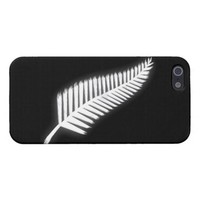 Silver Fern NZ Emblem for Patriotic Kiwis