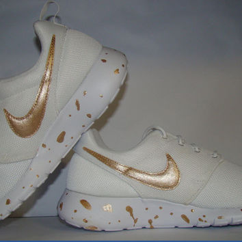 Painted Rose Gold White Roshes