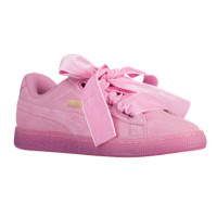 PUMA Suede Heart - Women's at Foot Locker