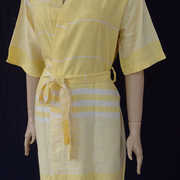 Women's yellow colour soft and light weight cotton kimono bathrobe, dressing gown, bridesmaid robe, pool robe.