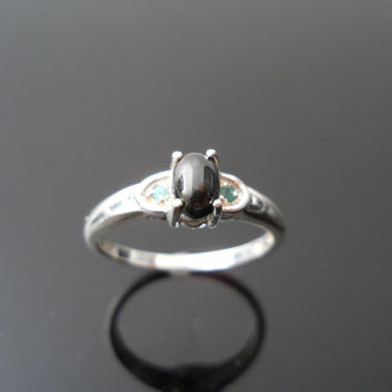 Onyx Emerald Ring, Silver Ring, Size 7 Ring, Small Band Ring, Sterling Ring, 925 Ring, Silver Onyx Ring, Emerald Ring, 925 Onyx Ring