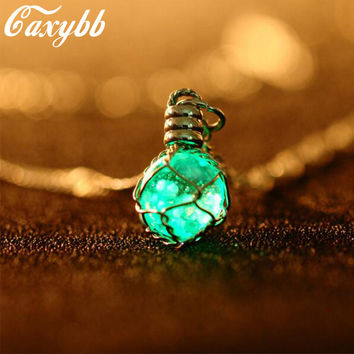 1PC fashion New Creative Luminous Crystal Ball Chic Glow In The Dark charming Necklace fine jewelry 2color
