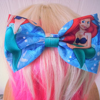 Hair bow / Ariel hair bow / The Little Mermaid hair bow / hair bow / girls hair bow / princess ariel bow / fabric bow / mermaid bow
