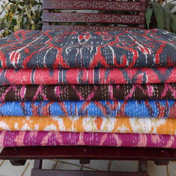 Set of 10 Queen Size Ikat Kantha Quilt, Wholesale Ikat Kantha Bespread, Reversible Kantha Bedding, Hand Kantha Work Bedcover, Room Decor