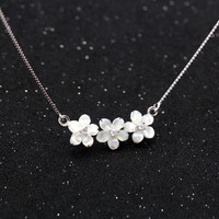 925 sterling silver natural shell flower necklace ,elegant fashion shell flower necklace,a perfect gift