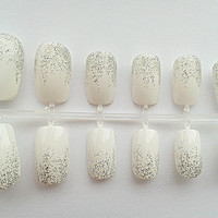 White Hand Painted Fake Nails, False Nails, Artificial Nail Set