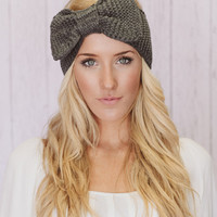Knitted Bow Headband Oversized Bow Ear Warmer in Gray (HBK3-02)