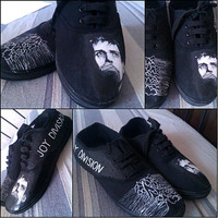 Personalized handpainted shoes, Joy Division Fanart shoes, Ian Curtis Unknown Pleasures, custom snekers