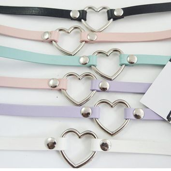 100% Handcrafted Girl Punk Rock Amo Gothic Real Leather Heart Choker Collar Necklace
