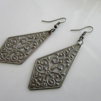 SALE Antique gray triangle flower earrings - clearance earrings - flower earrings - antique gray flower dangles - flower dangles - dangles