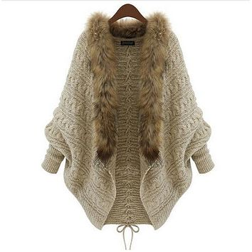 Women Cardigan Sweater Thick Poncho Capes Femme Autumn Winter Bat Sleeve Fur Collar Wool Sweater Knitted Long Cardigan