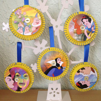 Vintage Felt Disney Decorations - Snow White and the Seven Dwarves Set