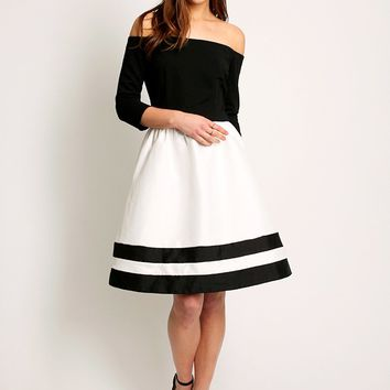 Gala Viewing Off-Shoulder Dress | Ruche