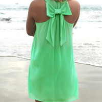 Green Bowknot Sleeveless Lace Mini Dress