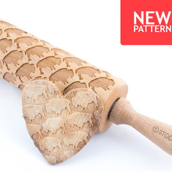Bizon - Embossed, engraved rolling pin for cookies