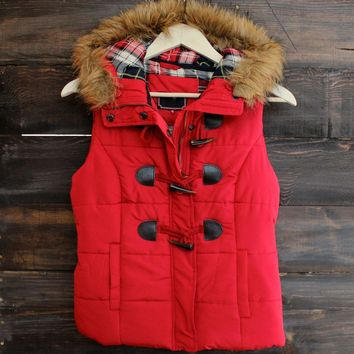 Mountain Slopes Hooded Puffer Vest   Red