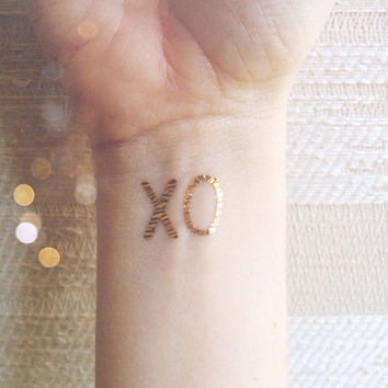 gold tattoos XO bachelorette party temporary tattoos pack of x o fake tattoos silver tattoos bulk order gold tattoos hugs and kisses