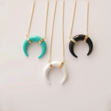 SGN169/ sweet girl jewelry / free shipping / crescent horn pendant necklace