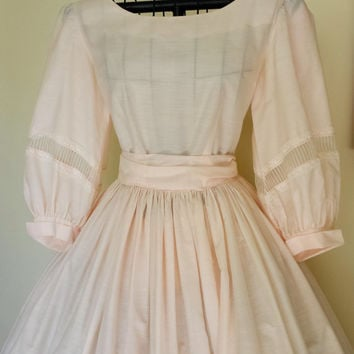 Vintage 1940s Pink Cotton Dress / 40s New Look Dress / Pale Pink Party Dress / Early 1950s Dress /  Pink Circle Skirt / X- Small