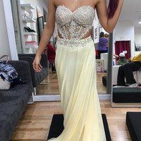 Sweetheart Chiffon Light Yellow Prom Dresses