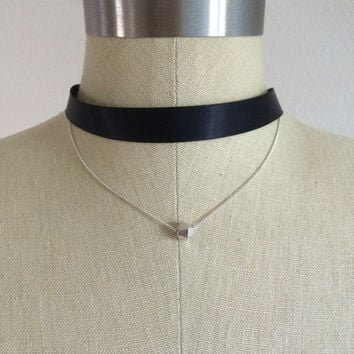 Festival wear Double layered ribbon and silver chain chocker necklace with geometric pendant