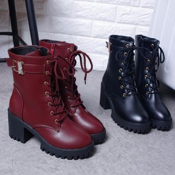 Women Boots Vintage & England Lace-up Chunky Heel