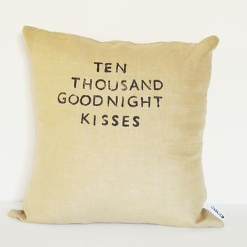 Goodnight Kisses Pillow (More Colors) | BRIKA - A Well-Crafted Life