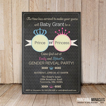 Printable gender reveal invitations / Baby shower invites / Chalkboard invitation / Custom baby gender reveal card with crown pink blue grey