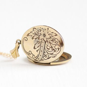 Vintage 12k Gold Filled Flower Locket Necklace - 1930s Art Deco Floral Etched Oval Pendant Picture Photograph Jewelry
