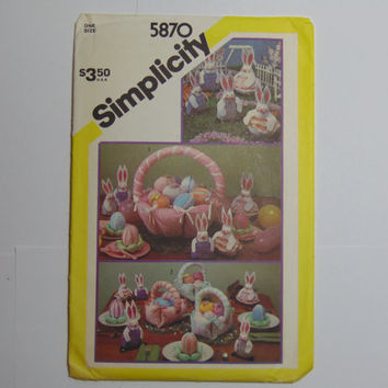 Simplicity Pattern 5870 Bunnies, Decorated Eggs and Easter Basket Centerpiece 1982