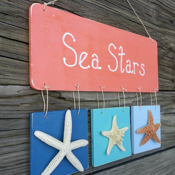 Rustic Starfish Wall Plaque.  Coastal Cottage Decor.   Sea Stars Wooden Beach Sign.