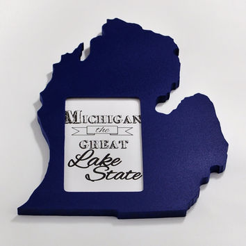 Michigan state shaped picture frame 4x6 by @PineconeHome