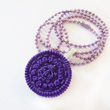 Deep purple Oreo necklace by CapricaAccessories on Etsy