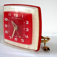 Vintage Red and White Kitchen Clock