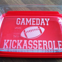 GameDay Kickasserole Pyrex 3 quart casserole dish Football Tailgate Party Lid Included
