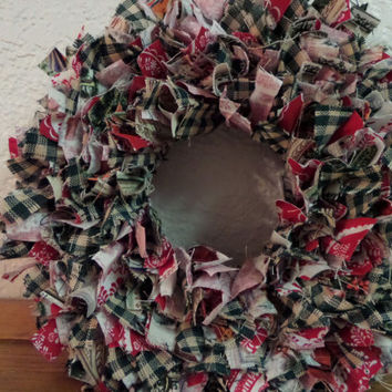 "8""  Country Christmas Mini Rag Wreath"