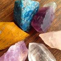 Crystal Collection Beginner Crystal Set Raw Crystal Healing Crystals and Stones Rough Crystals Raw Stones Chakra Crystals Reiki Healing