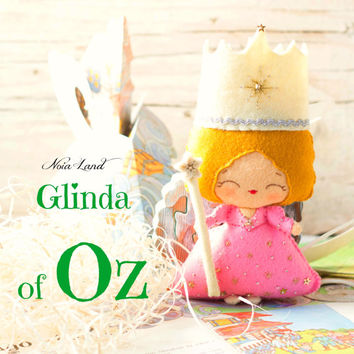 Glinda of Oz. The Good Witch of the North doll  (PDF Pattern)