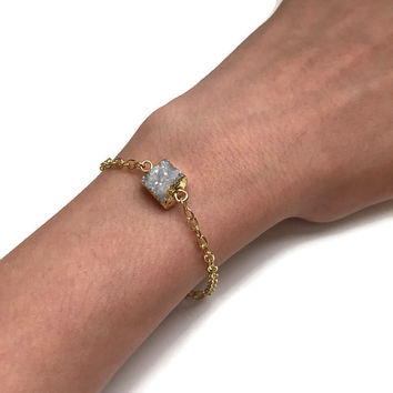 Gold and Druzy Quartz Dainty Bracelet - PeysDesigns