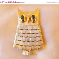 1 WEEK SALE Vintage 1970s AVON Gold Tone Perfume Locket Owl Rhinestone Brooch Pin Jewelry Gift