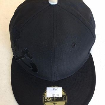 DCCKIHN CUSTOM MICKEY MOUSE ALL BLACK RETRO NEW ERA 5950 FLAT BRIM FITTED HAT