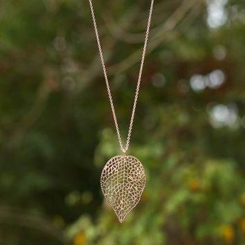 Floating In The Breeze Necklace