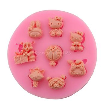 Cartoon Hello kitty Doraemon Totoro  Fondant Cake Silicone Mold Cupcake Candy Chocolate Decoration Baking Tool FQ1832