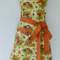 Harvest Theme Apron, Scarecrows, Sunflowers ,Pumpkins, Women's Full Apron, Vintage Style, KitschNStyle
