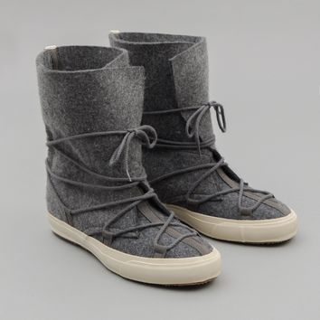 Cold-Weather Survival Moccasin Boots, Heavy Wool Felt