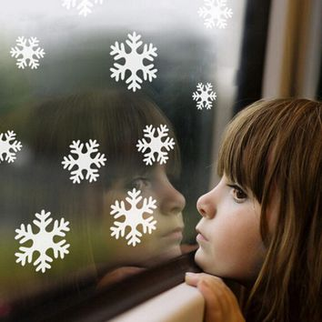 Beautiful 3D Snowflakes  Window Wall Sticker Frozen Wall Sticker Decals for Kids Child Room Christmas Decoration Supplies