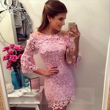 Baby Pink Scoop Neck Long Sleeve Lace Short Homecoming Dress