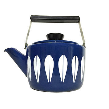 Cobalt Blue Cathrineholm Enamel Lotus Coffee Pot / Tea Pot, Kettle / Vintage Scandinavian Design / Norway / Mid Century Kitchen Accessory