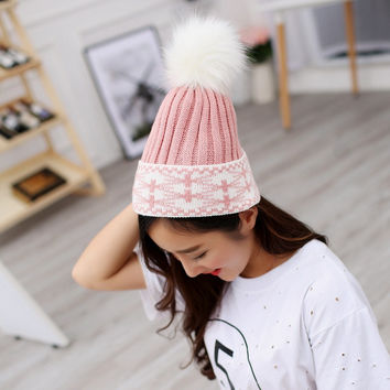 Ladies Winter Warm Brand Snow Ski Skullies Cap Cable Wool Knitted Beanie Hat With Real Raccoon Fur Pom Poms Ball Top Women